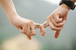 hands-fingers-linked